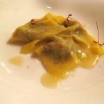 Ravioli di cotechino con salsa di lenticchie