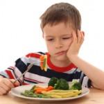 Come far mangiare ai vostri bambini il pesce e le verdure