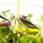 Olio d'oliva: un ottimo alleato per la pelle e i capelli