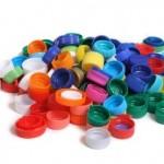 Come riciclare i tappi di plastica con creatività