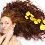 Come fare una maschera per capelli ricci