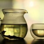Come preparare un tonico viso al tè verde