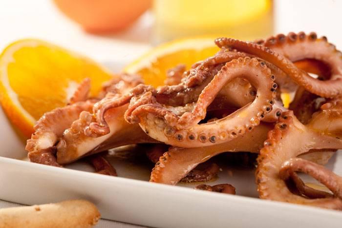 Un buonissimo piatto di pesce, Moscardini alla busara