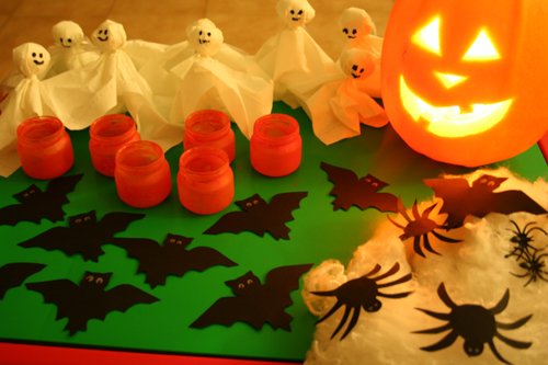 Come realizzare un party di halloween perfetto for Decorazioni torte halloween fai da te