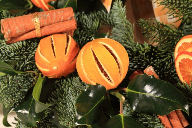 Decorazioni fai da te per l albero di natale for Natale 2016 addobbi fai da te