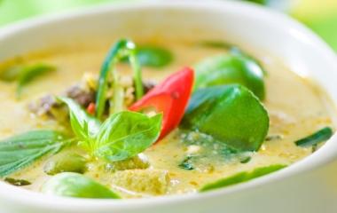Assaporiamo una fantastica ricetta Thailandese: curry verde thai