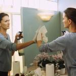 Pulire lo specchio con rimedi economici