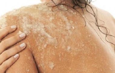 scrub corpo e viso