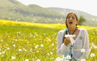 Rimedi naturali contro l'allergia al polline