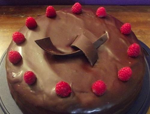 Torta cioccolato e lamponi 2
