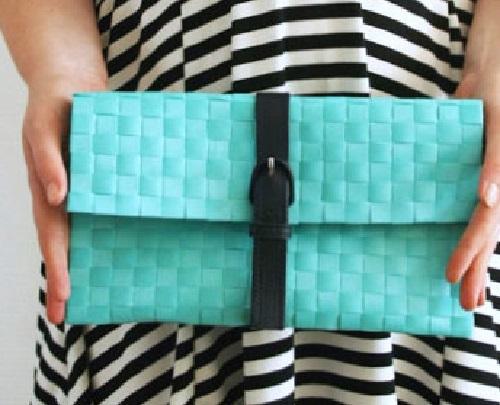 Come realizzare una pochette senza cucire for Porta borse fai da te